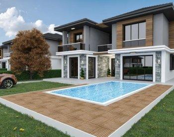 Silivri'de D-100 Karayolu'na Yakın Modern Dubleks Villalar