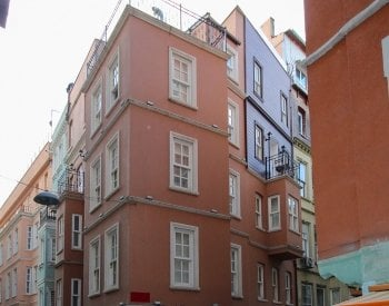 Boutique Hotel with 8 Rooms in Beyoğlu 100 Mt to Galata Tower