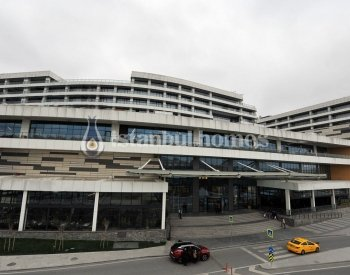 Spacious Offices in the Biggest Shopping Center in Eyüp