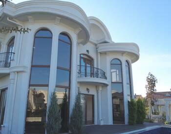 Villa élégante Et Bien Située Avec Piscine à Bursa Mudanya