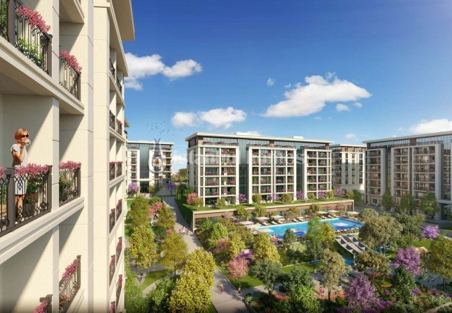 High-quality Flats with a Well-kept Wide Garden Area in Esenyurt