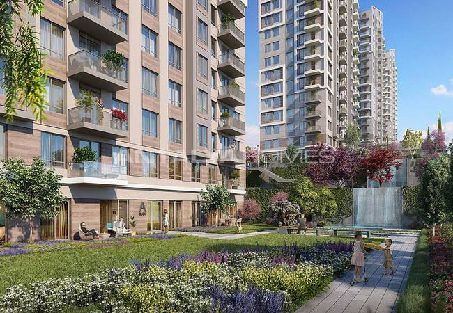 Sea View Apartments in a Family-friendly Complex in Maltepe