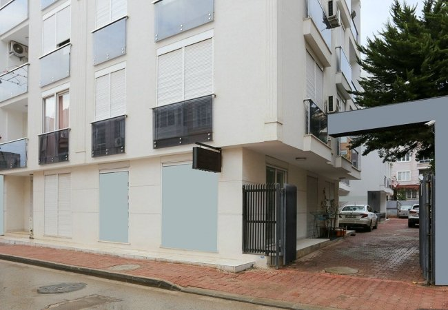 Centralcommercial Real Estate 1 Km to Kaleiçi in Antalya
