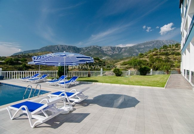 Cozy Property with Infinity Communal Pool in Alanya