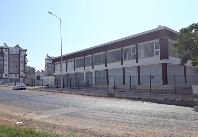 Commercial Building Next to the Antalya Industrial Area