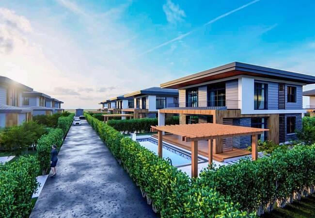Luxurious Villas for Sale 5 Km From the Sea in Kadriye Belek