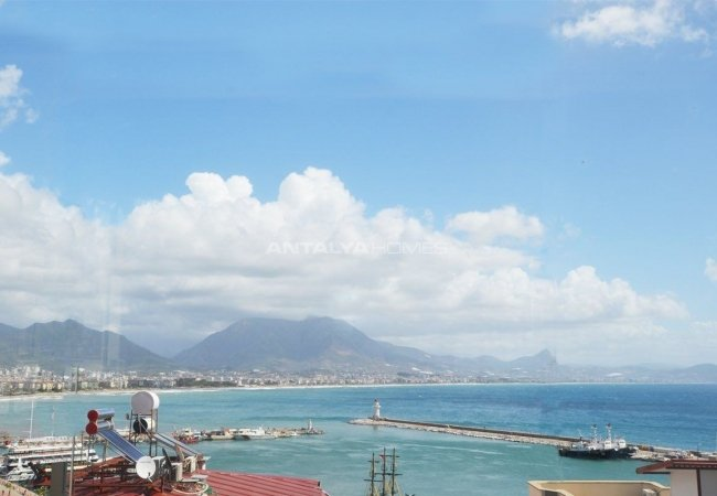 Investment Commercial Property in the Center of Alanya
