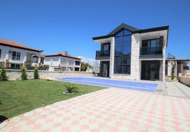 Modernly Designed Detached Stone Villas with Pool in Belek
