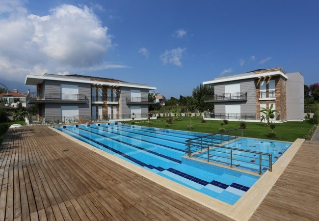 Luxurious Apartments with Swimming Pool in Kemer çamyuva