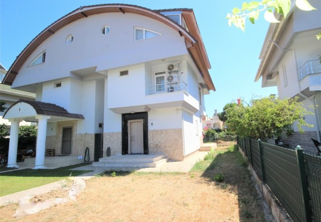 Villa in Belek Within Walking Distance of the Unique Beaches