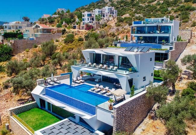 Classy Kalkan Villa with Infinity Pool Overlooking the Sea