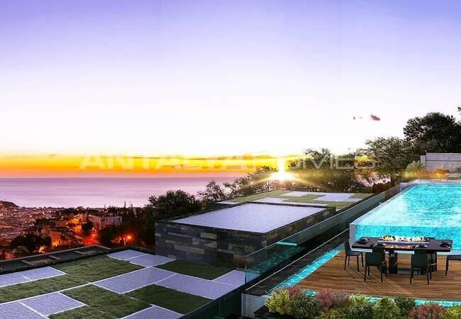 Contemporary Designed Sea View Villas in Alanya Center