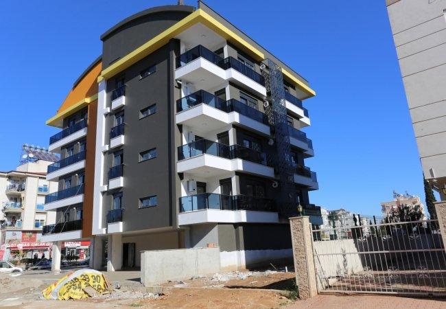 Middle Floor and Duplex Apartments in Antalya Muratpasa