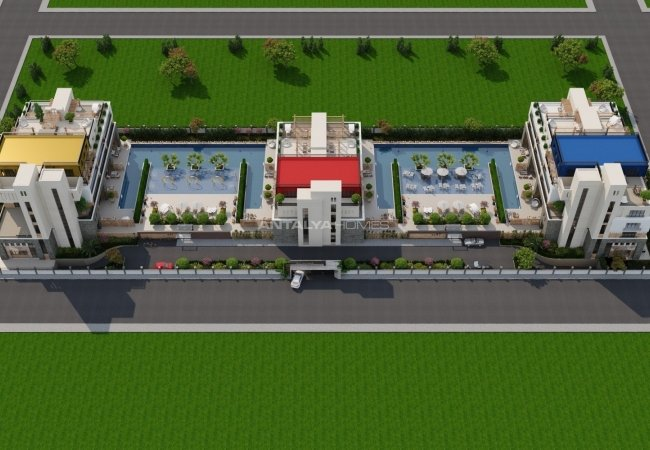 Modern Real Estate Within a Luxe Complex in Antalya Aksu