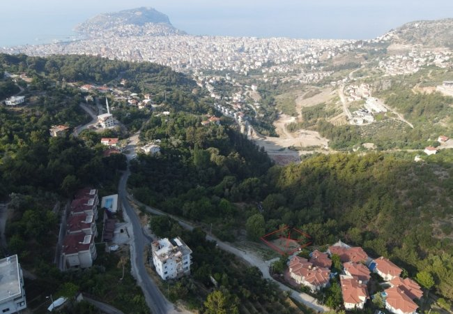 Land with Panoramic Sea and Nature Views in Alanya Center