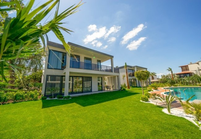 Luxury Bodrum Yalikavak Houses in a Boutique Complex