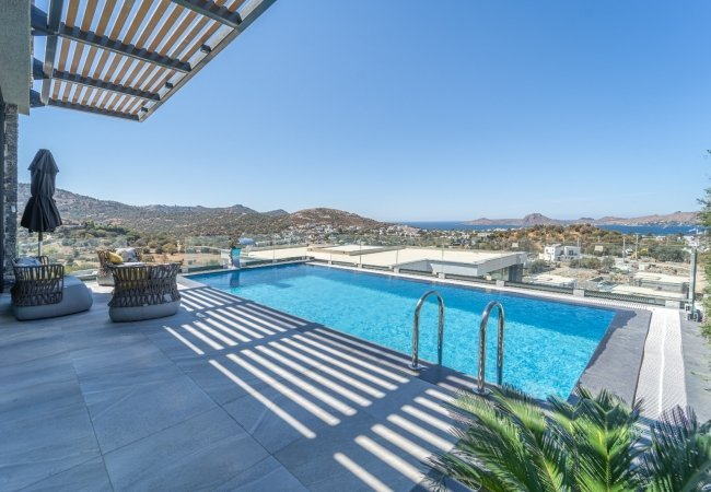 Centrally Located Bodrum Villas with High-quality Features