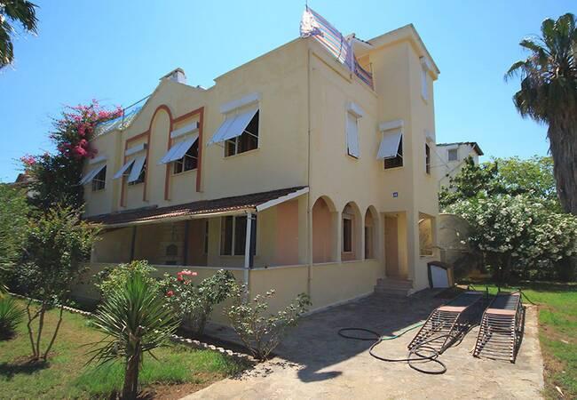 Spacious Semi-detached Villas in Kadriye