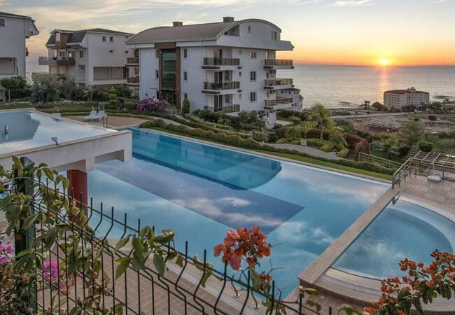 Spacious Apartments with Sea View in Alanya Antalya
