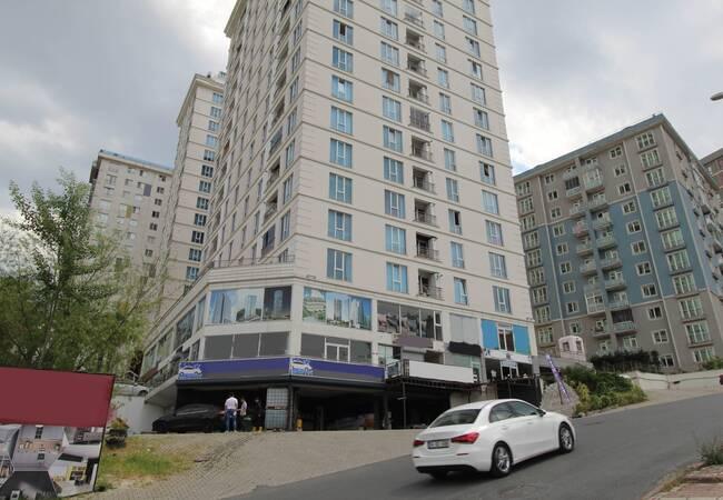 Profitable Shop 800 M to E5 Highway in Esenyurt Istanbul