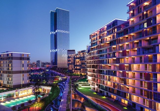 Centrally Located Istanbul Apartments with Sea and City View