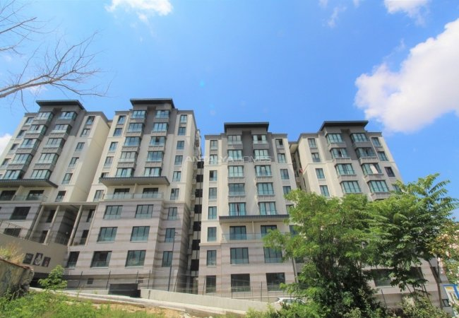 Luxurious Apartments in a Secure Complex in Istanbul