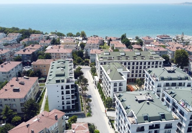Duplex Flats Within Walking Distance to Sea in Buyukcekmece