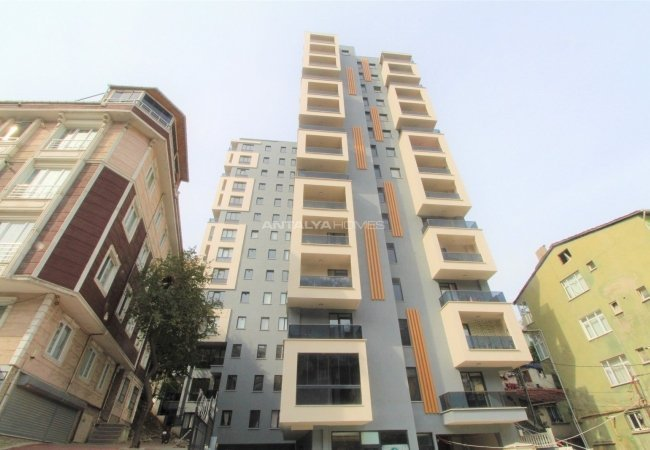 Centrally Located Apartments Next to the Subway in İstanbul