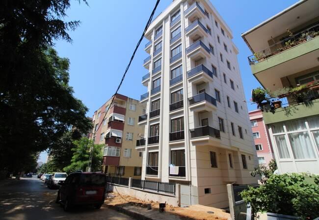 Новая Недвижимость в Центре Малтепе у Моря
