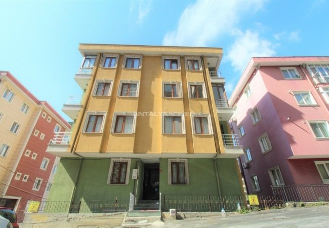 Luxury 2+1 Apartment Near Public Transport in Eyupsultan