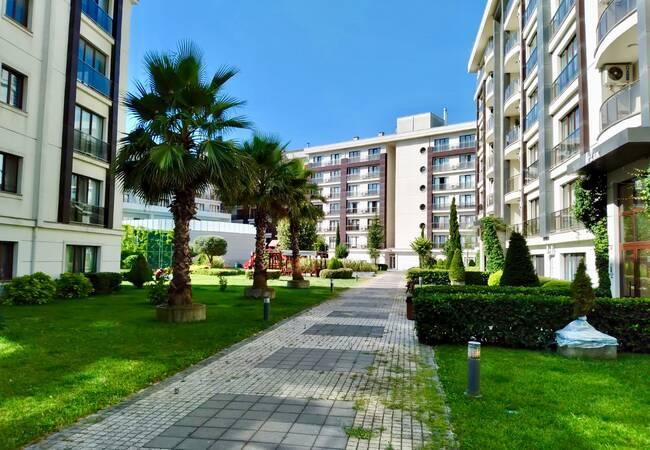 Wohnungen In Der Nähe Von Allen Einrichtungen In Istanbul