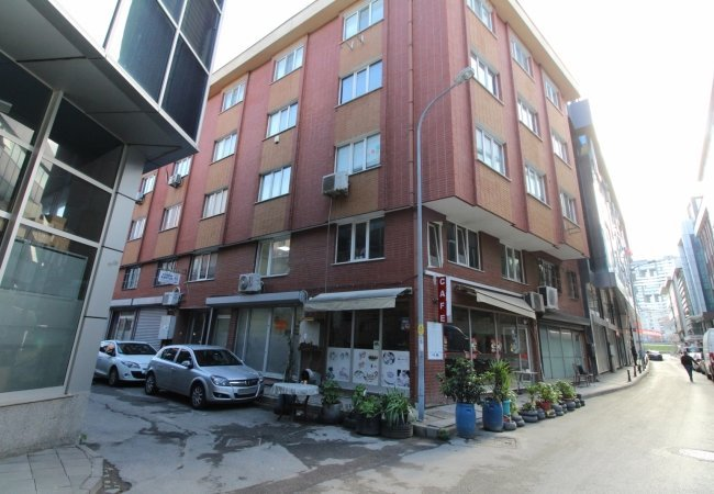 Investment Commercial Property in a Populated Area in Kadıköy