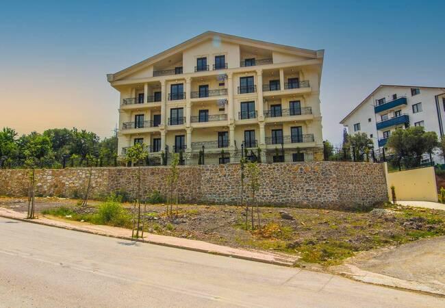 Modern Apartments Within a Complex in Kocaeli Karamursel