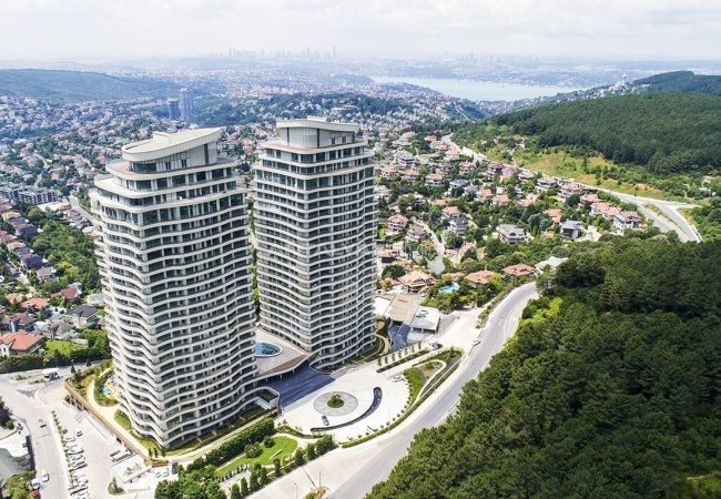 Bosphorus View Flats in a Luxurious Project in Istanbul