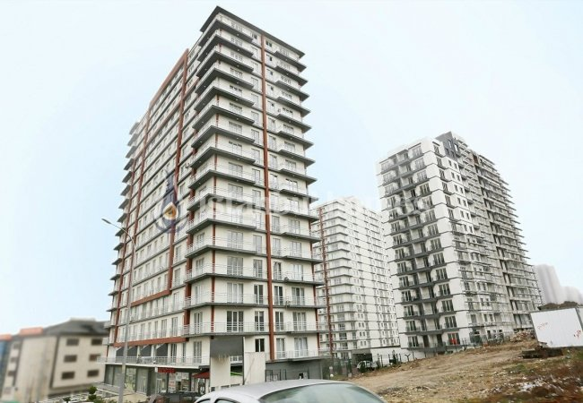 Commercial Real Estate Close to the Major Axes in Esenyurt