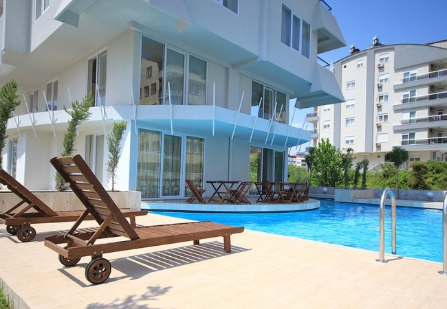 Well-kept Apartment for Sale with Hotel Concept in Antalya