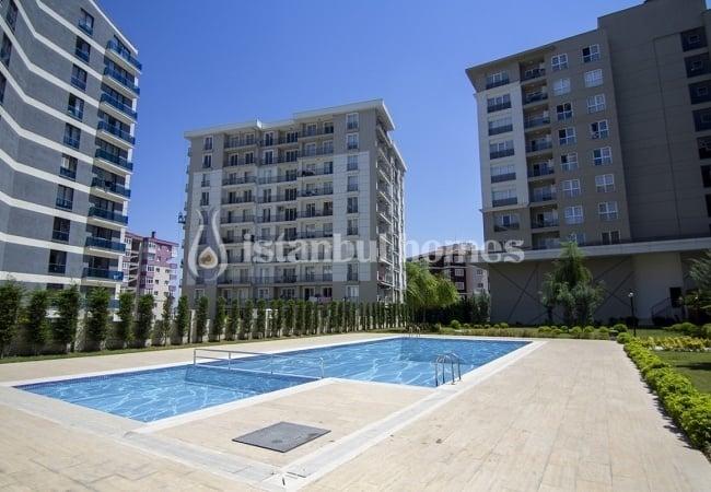 Spacious Esenyurt Properties Close to E-5 Highway in Istanbul