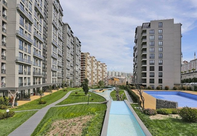 Contemporary Apartments Close to Amenities in Istanbul