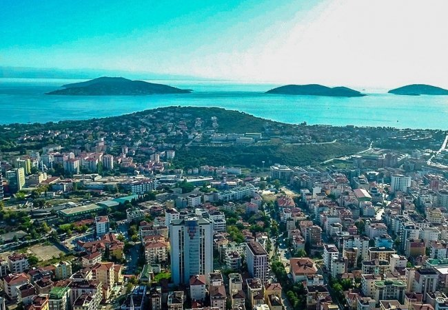 Maltepe Apartments in Istanbul 10 Minutes to the Sea