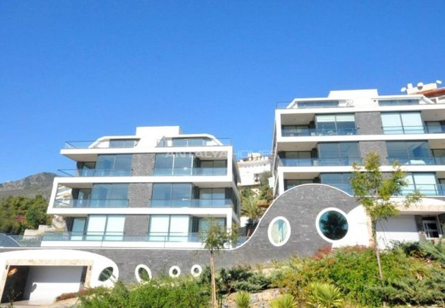 Nice Apartments for Sale with Fantastic Views in Alanya