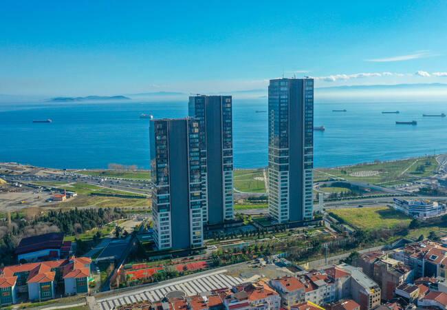 Capacious Apartments in the Heart of the City in Zeytinburnu