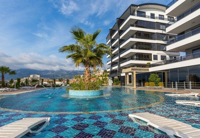 Panoramic Sea View Flats with 5-star Hotel Concept in Alanya