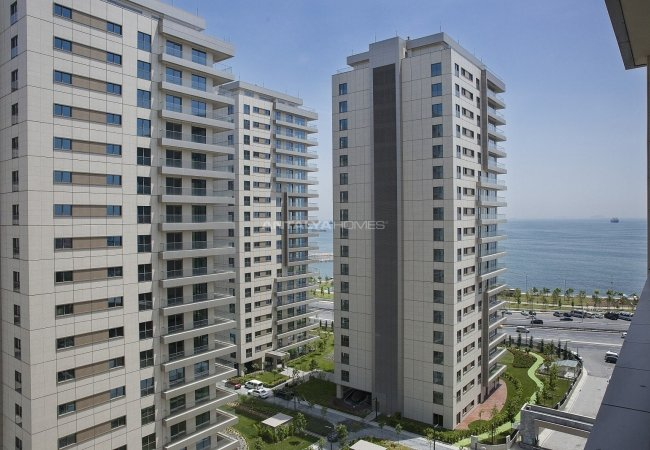 Key Ready Real Estate with Sea View in Bakırköy Istanbul