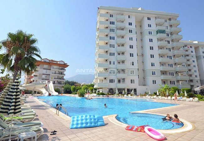 Apartments for Sale Near the Shopping Mall in Alanya