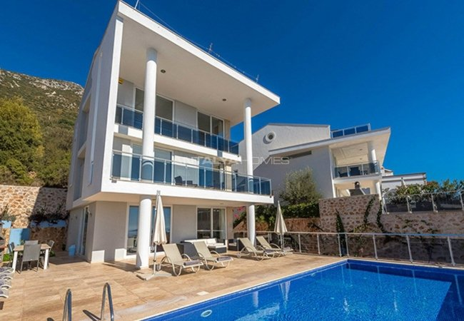 Spacious Fully Furnished Houses in Kalkan Turkey