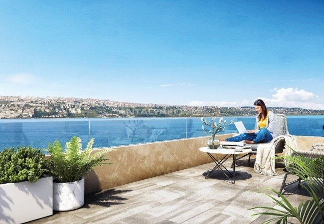 Spacious Properties with Amazing Sea View in Büyükçekmece Istanbul