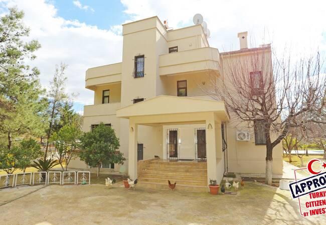 10 Bedroom Family-friendly Villas in Kepez Antalya