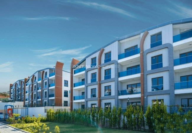 Tastefully Designed 4+1 Real Estate in Termal