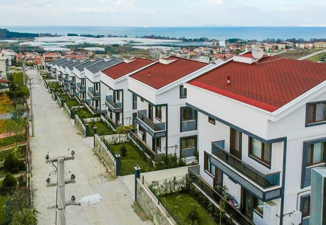 Luxurious Apartments with Sea View in the Center of Yalova