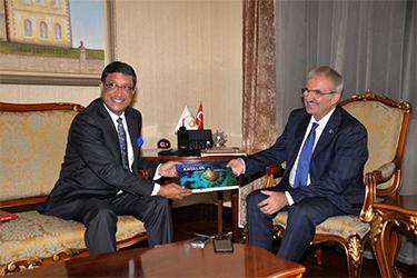Indian Ambassador Sanjay Bhattcharyy and Antalya Governor Munir Karaloğlu